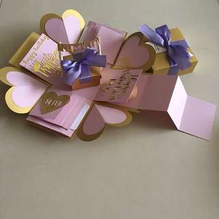 Valentine explosion box with gift box, 8 waterfall, pull tab in gold & lavender