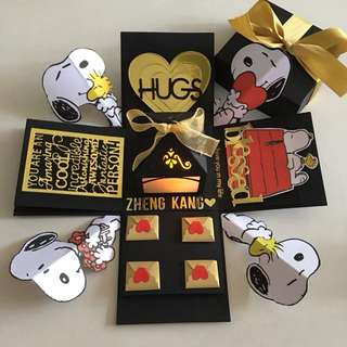 Snoopy valentine explosion box with lighthouse & 4 personalised photos in in black & gold