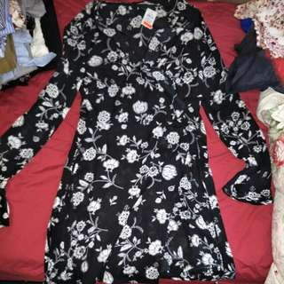 Floral long sleeve wrap dress