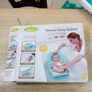 Weeler Deluxe Baby Bather