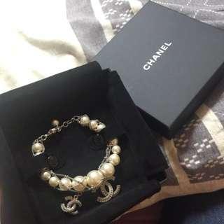 Chanel 珍珠手練