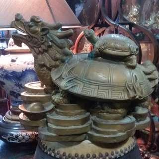 Vintage Chinese Tauism Feng Shui Display Bronze Dragon Turtle Figurine.道教风水招财铜塑龙头龟摆设