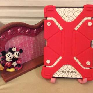 "Tablet cover size 7""8"" red color"