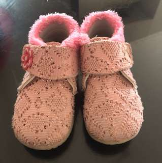 Sepatu anak 1-1,5thn