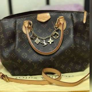 LV Turenne Mm Monogram with key chain