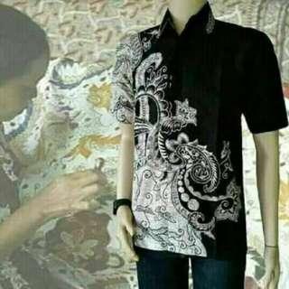 Hem Batik Pria Khas Pekalongan
