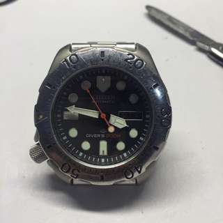 Citizen 8203