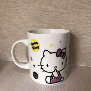 🚚 Hello Kitty 牛奶馬克杯
