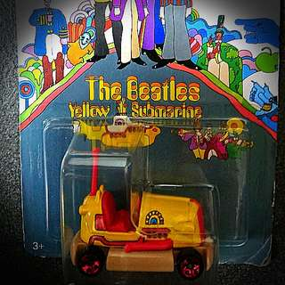 珍藏 Hotwheels Beetles Yellow Summarine 車仔 (兩架共$100)