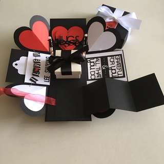 Valentine day Explosion box with gift box , 8 waterfall, pull tab in black, white & red
