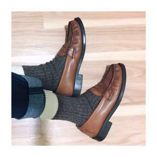 Vintage Bass Weejuns brown leather penny loafers