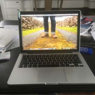 Apple Macbook Pro Retina 13 inch. Core i7, 16 GB RAM, 512 SSD