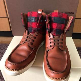 Sepatu boots louis viutton original authenthic