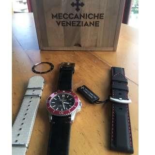 Meccaniche Vienziane dive watch