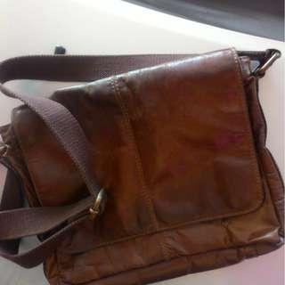 AUTHENTIC FOSSIL MESSENGER LEATHER BROWN BAG