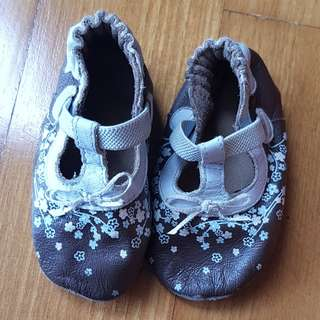 Baby Shoes leather soft sole pre walkers free shu shu roobeez