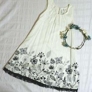 Old Navy white dress for 6-7yo girl