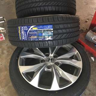 215/45/17 Excellence Goodyear Tyre