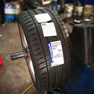 245/40/17 Pilot Sport 4 Michelin Tyre