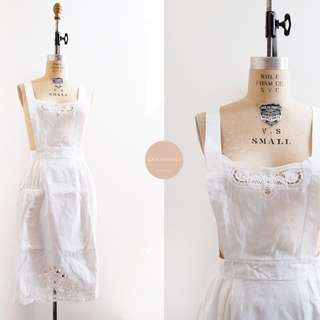 White Laurel Apron | japan vintage | cotton appliqué linen apron