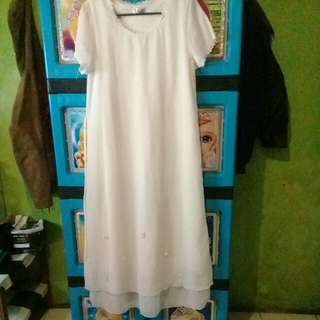 Dress panjang lengan pendek