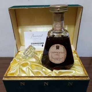 Courvoisier Napoleon Baccarat Cognac 700ml