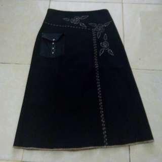 Black skirt woman