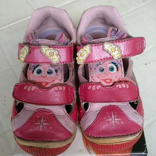 Strite Rite Abby Cadabby girl shoes