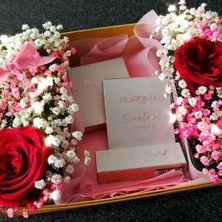 Flower make up gift box set