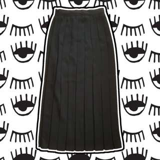 Full Length Black Pleated Skirt