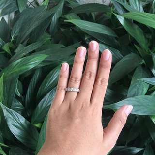 Unisilver stone ring