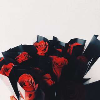 Roses/ flower bouquets (VALENTINES' Day sale!)