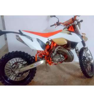 KTM EXC200 TRICKED-OUT!!!