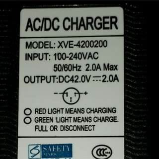 Bran new 42v charger for all 36v escooters like inokim light and speedway 4 mini