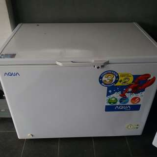 Kulkas untuk ice cream atau DDF
