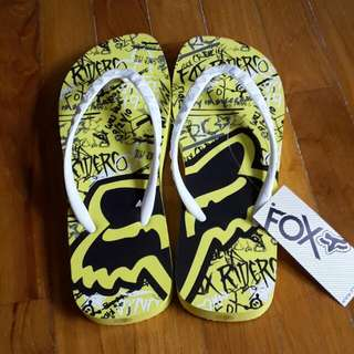 Brand New Authentic Fox Slippers. Size 6-7 #huat50sale