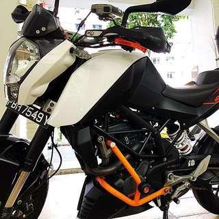 KTM DUKE 200 (ABS)