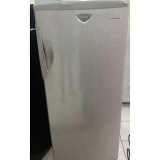 Fujitec Freezer FFS 176