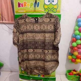 Batik etnik coklata