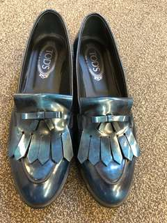 Tods leather loafter Navy size 40