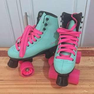 Chaser squad roller skates