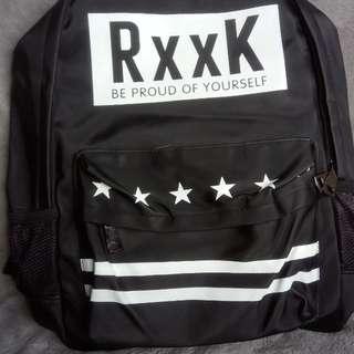 Pradun back pack