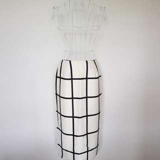 Marven the Label Skirt