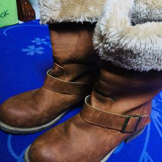 Authentic Leather boots with Fur inside