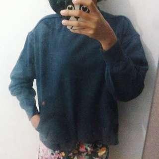 sweatshirt navy baju lengan panjang