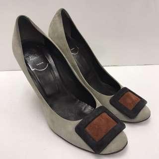 Roger Vivier Seude Leather High Heel