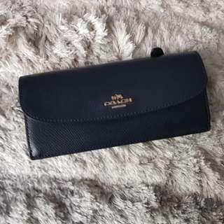 Coach Long wallet ( Authentic )