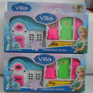 Mainan Rumah-rumahan / Villa Karakter FROZEN