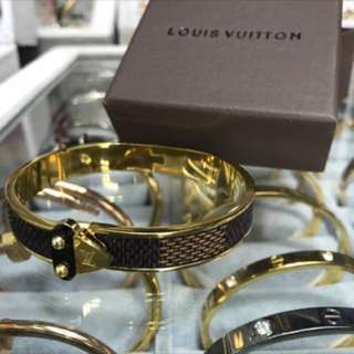 Louis Vuitton Bracelet Complete Set