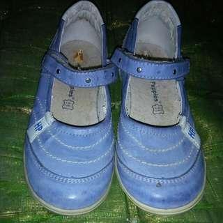 Sepatu hushpupies murah